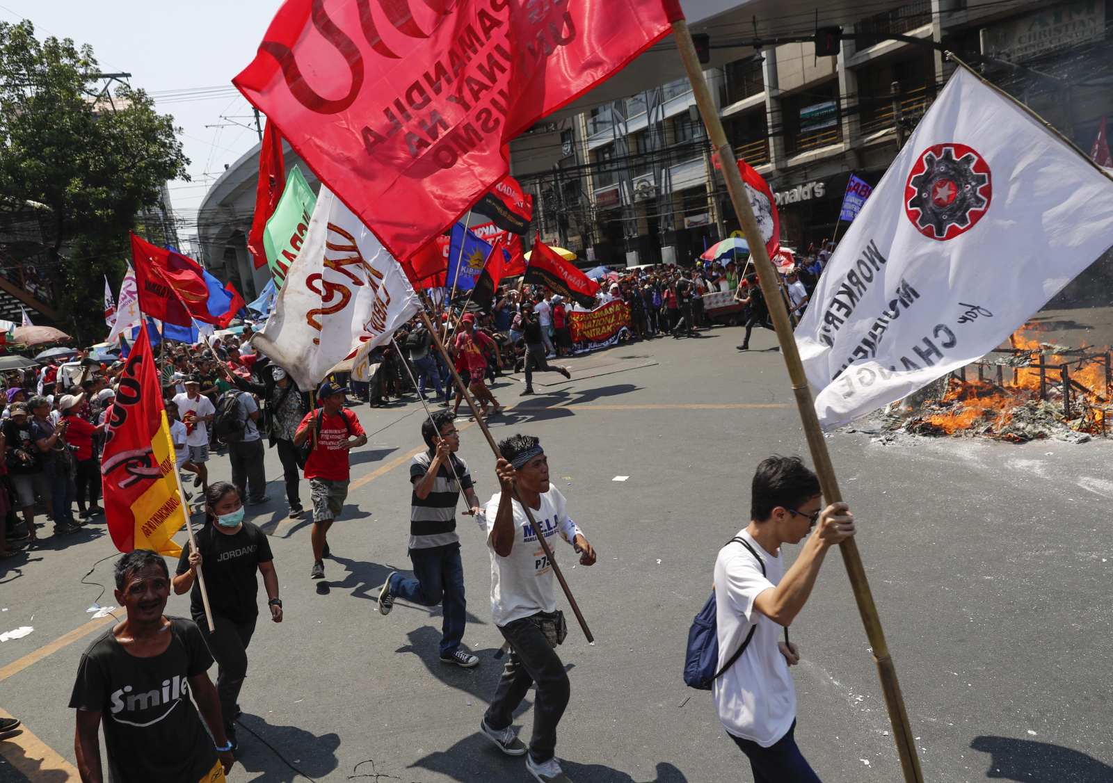 Święto Pracy na Filipinach  EPA/MARK CRISTINO