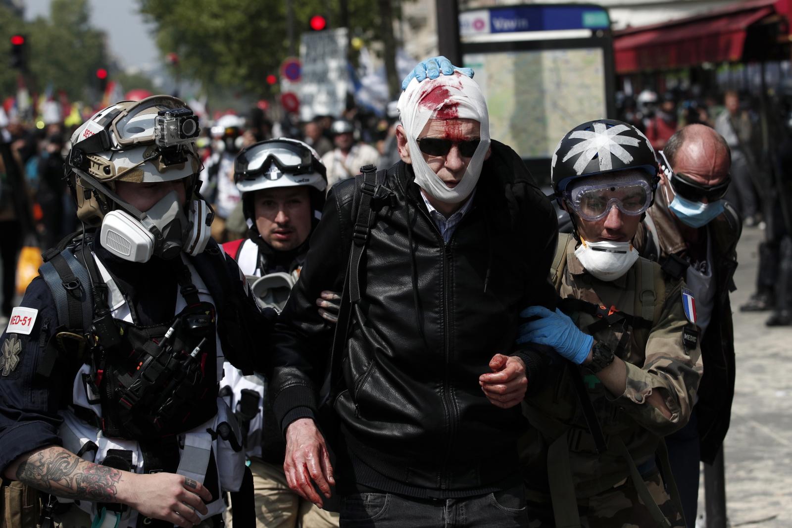 Święto Pracy we Francji  EPA/YOAN VALAT