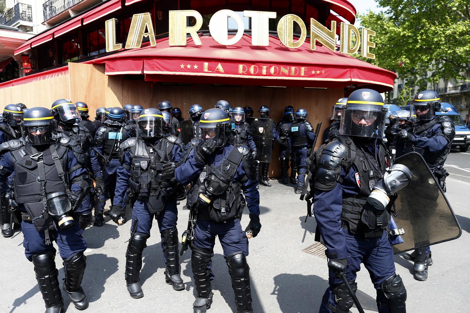 Święto Pracy we Francji EPA/IAN LANGSDON