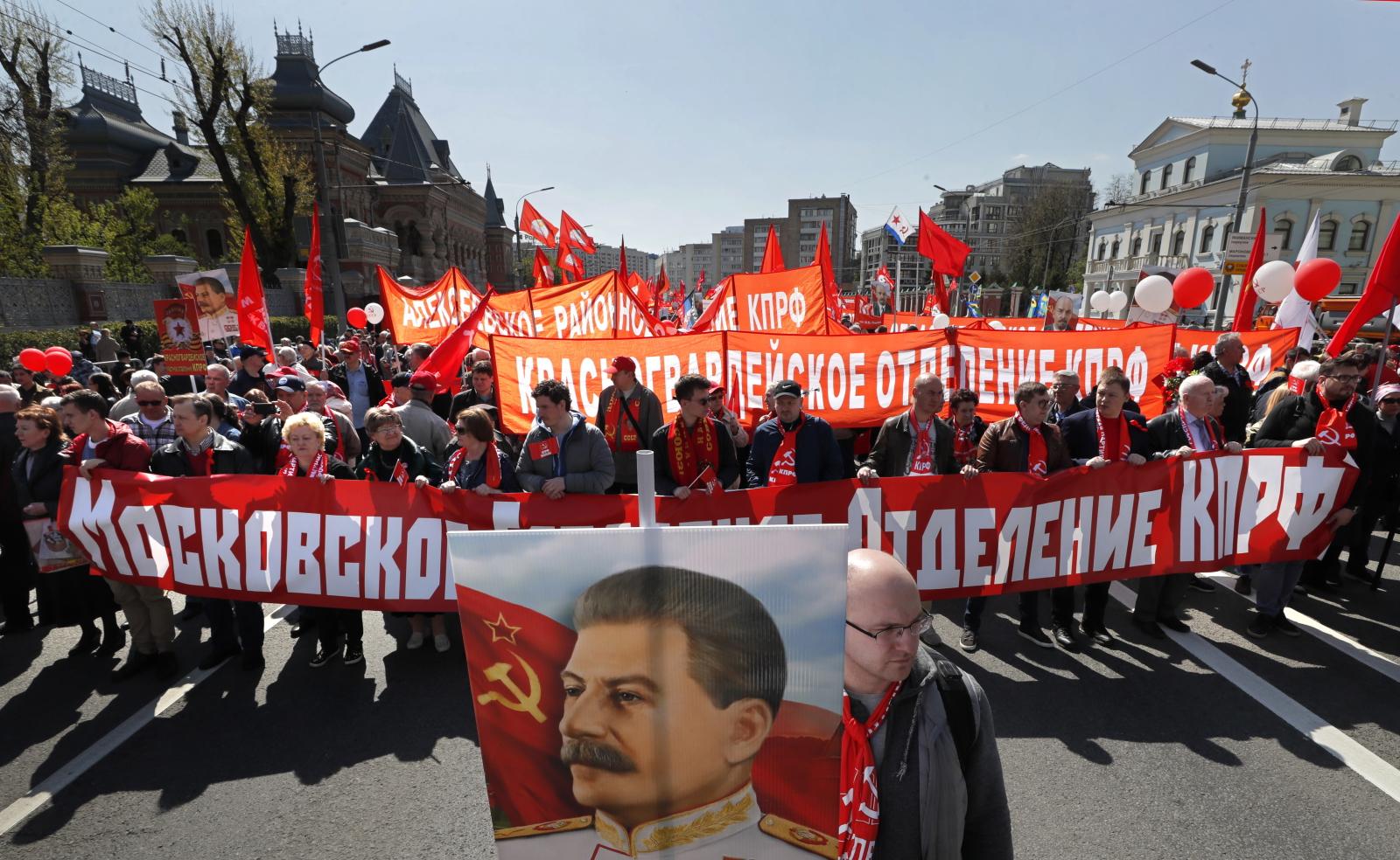 Święto Pracy w Rosji EPA/YURI KOCHETKOV
