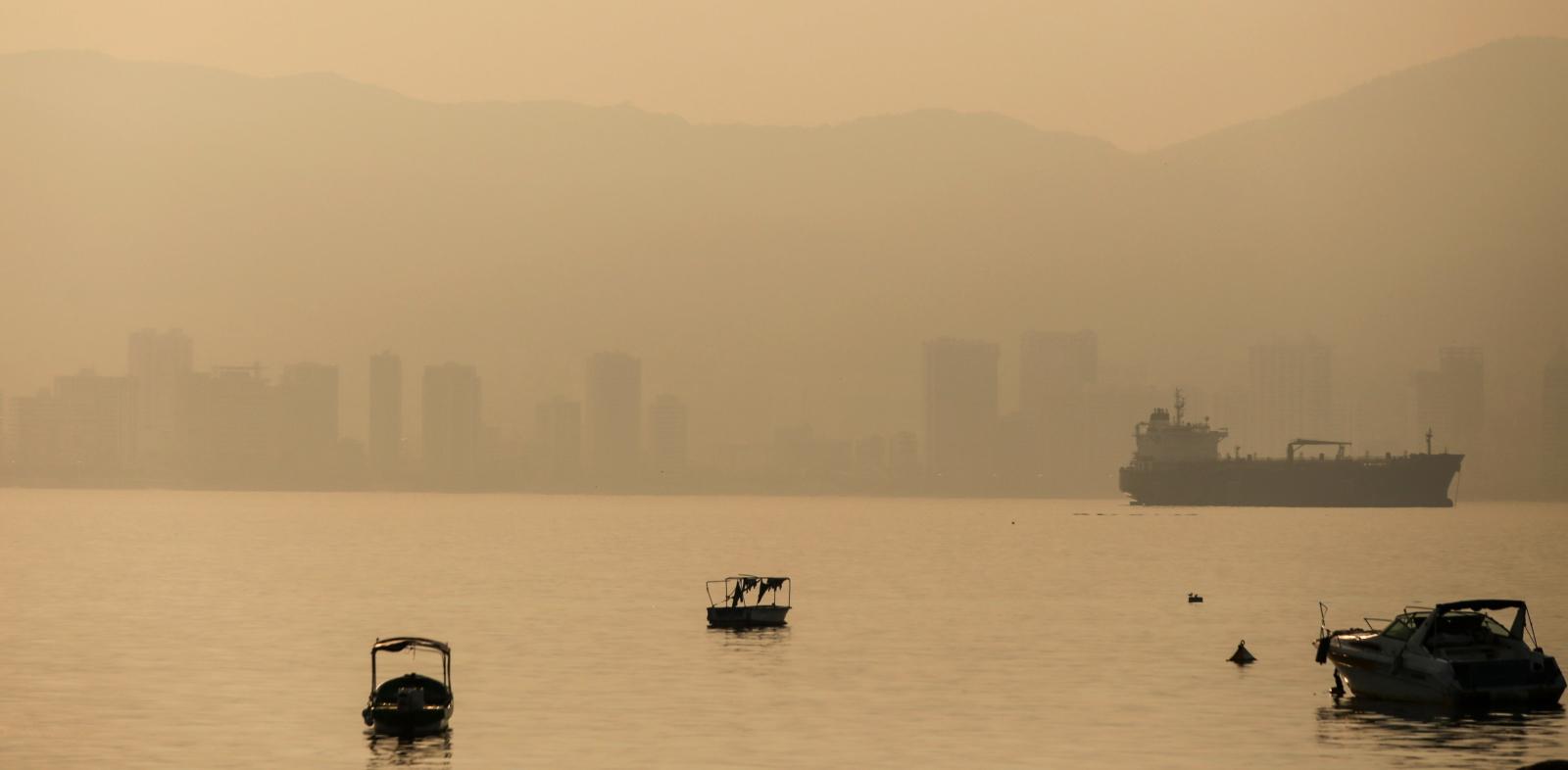 Zapylenie w Acapulco w Meksyku  EPA/David Guzman