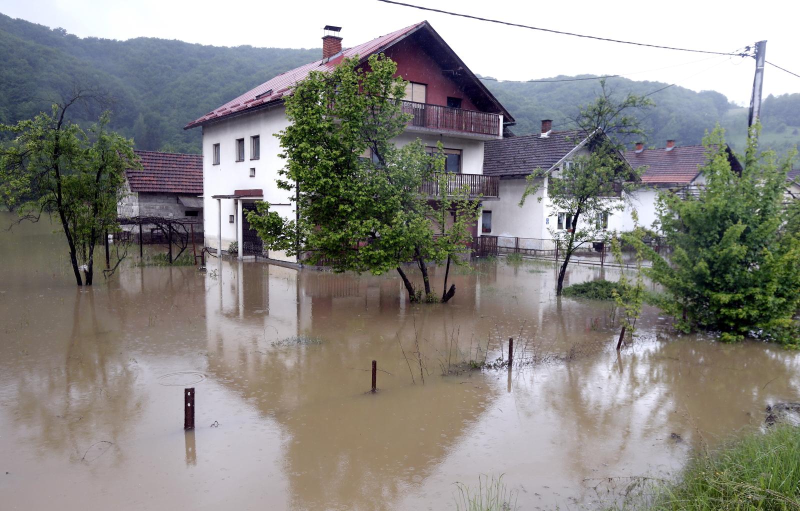 Powódź w Bośni  EPA/FEHIM DEMIR