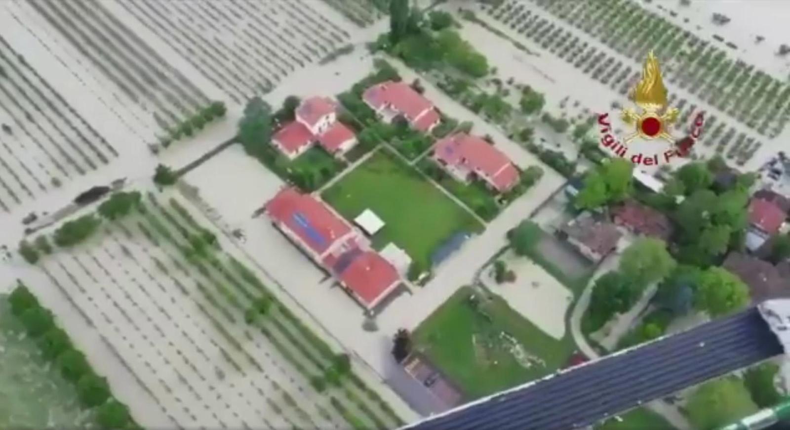 Powódź we Włoszech  EPA/VIGILI DEL FUOCO