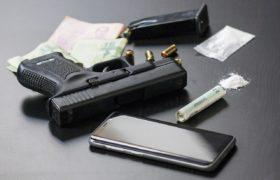 mafia pistolet narkotyki broń