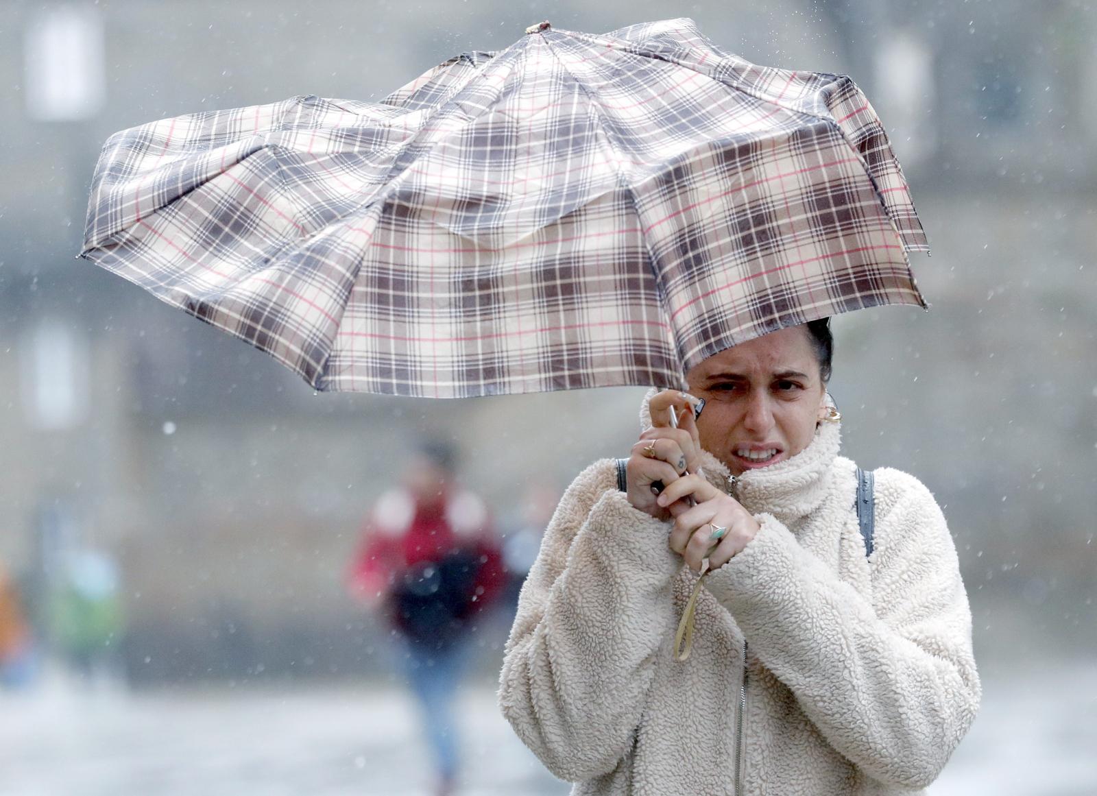 Aktualna pogoda w Santiago de Compostela, Hiszpania. Fot. EPA/Lavandeira jr