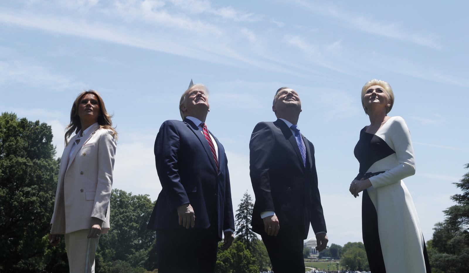 Dzisiejsze spotkanie głów państw Polski i Stanów Zjednoczonych. Fot. EPA/SHAWN THEW
