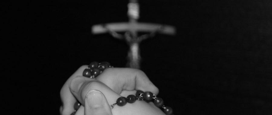 różaniec modlitwa krzyż