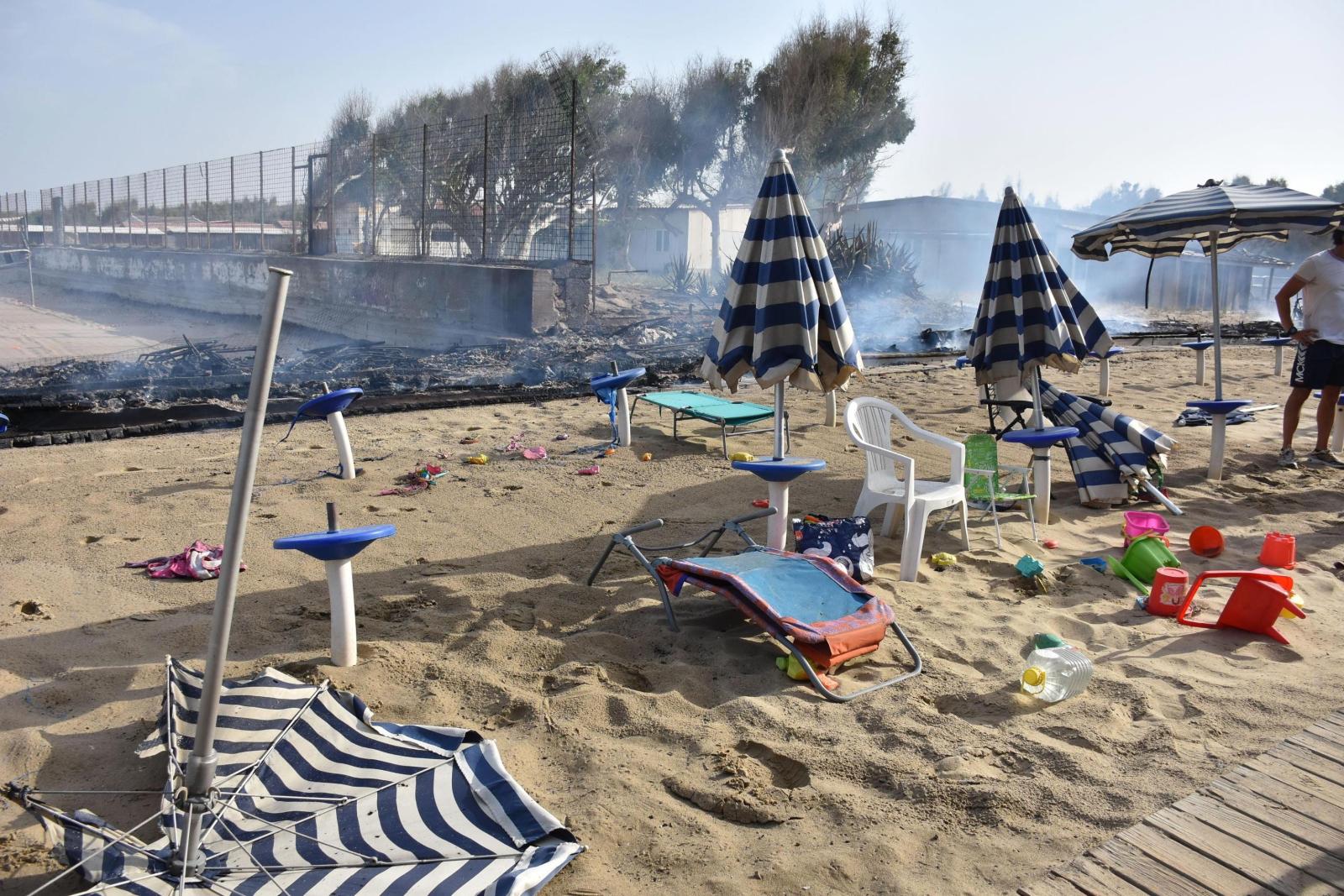 Plaża w Katanii Fot. EPA/ORIETTA SCARDINO