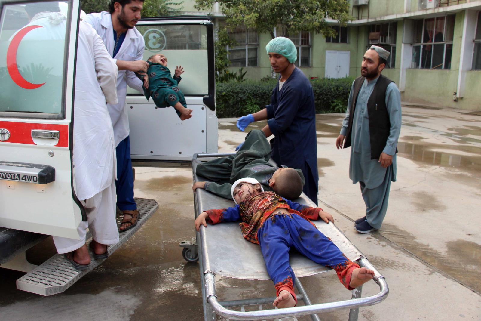 Bomba-pułapka w Afganistanie fot. EPA/MUHAMMAD SADIQ