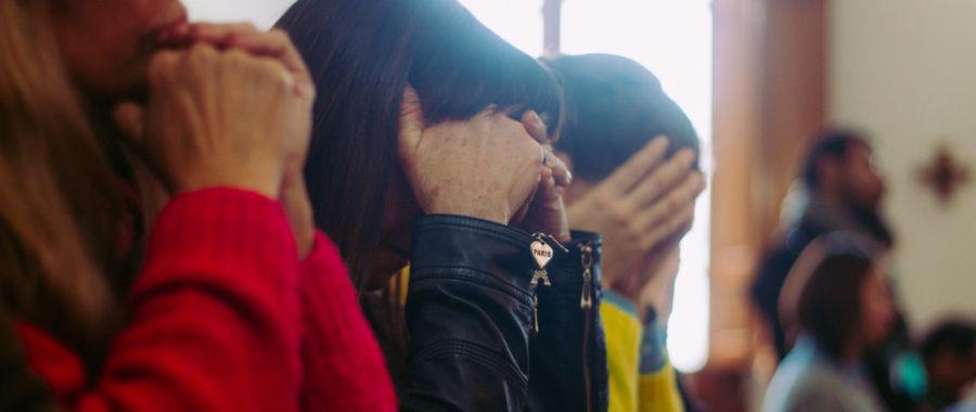 kobieta modlitwa