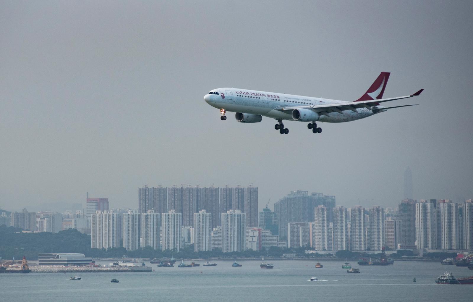 Lot nad Hong Kongiem Fot. EPA/MIGUEL CANDELA
