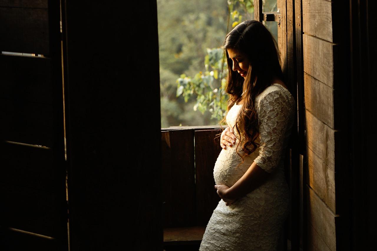 kobieta ciąża