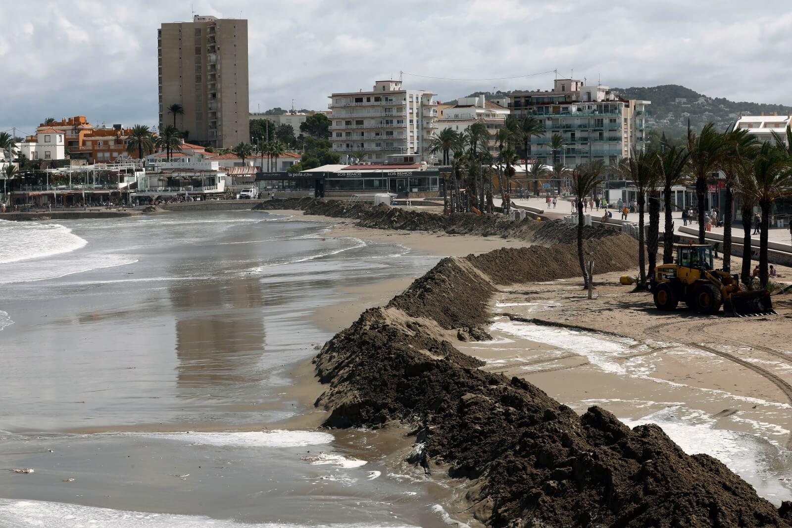 Alicante fot. EPA/Juan Carlos Cardenas