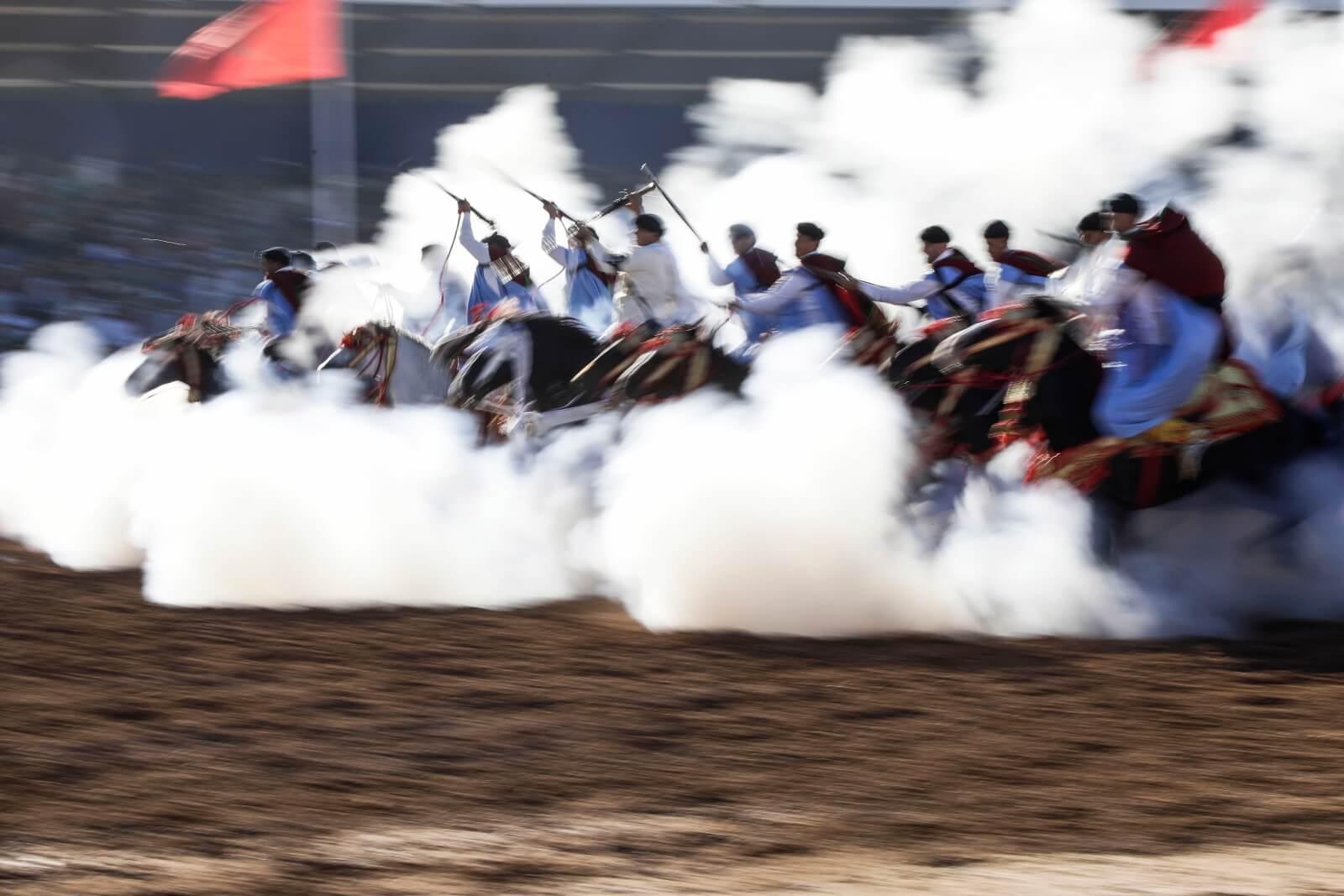 Wyścigi konne w Maroko fot. EPA/JALAL MORCHIDI