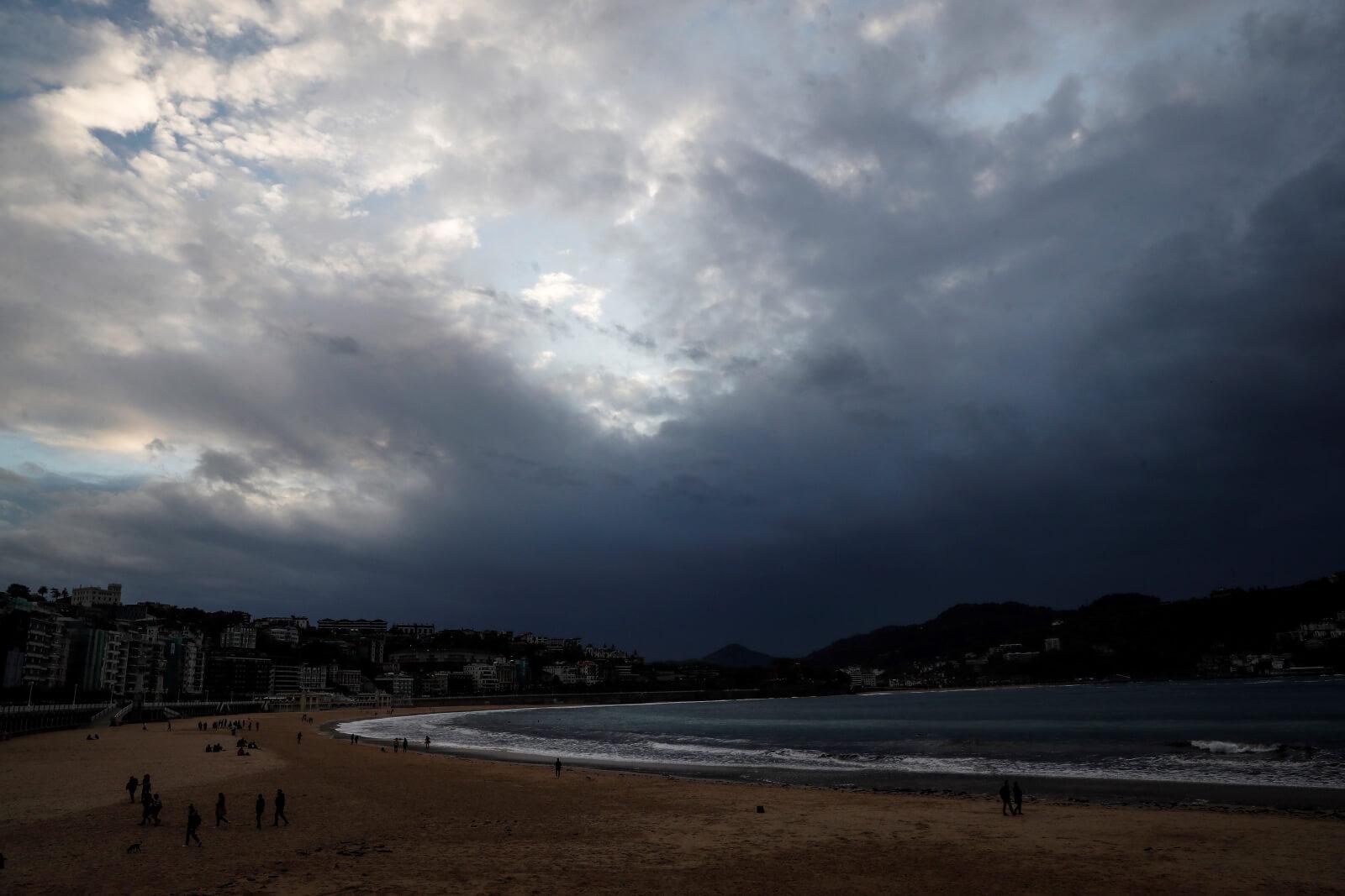 Hiszpania fot. EPA/JAVIER ETXEZARRETA
