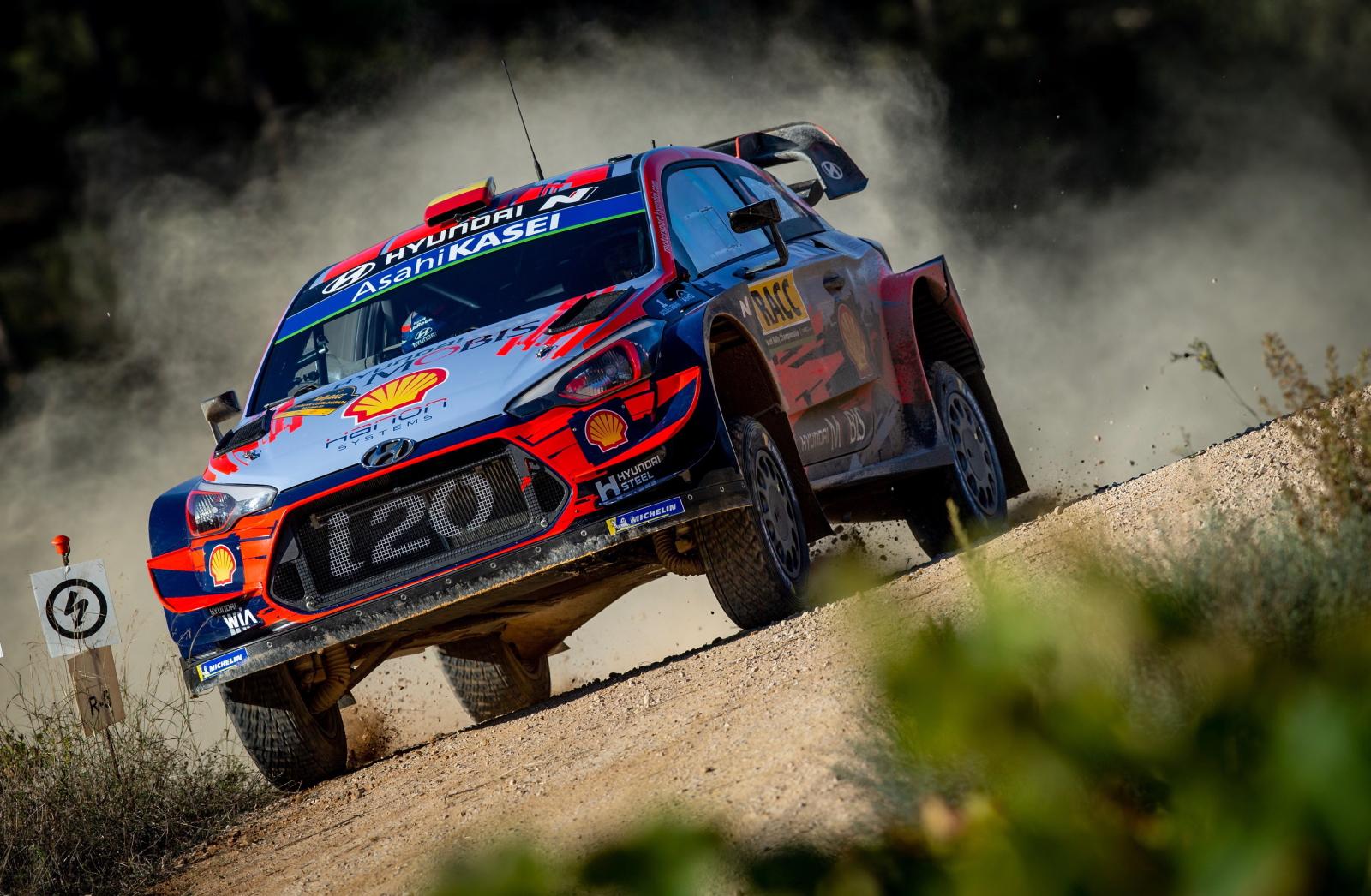 Wyścigi samochodowe w Hiszpanii fot. EPA/Enric Fontcuberta