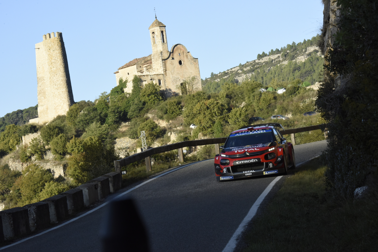 Wyścig samochodowy w Hiszpanii Fot. PAP/EPA/REPORTER IMAGES