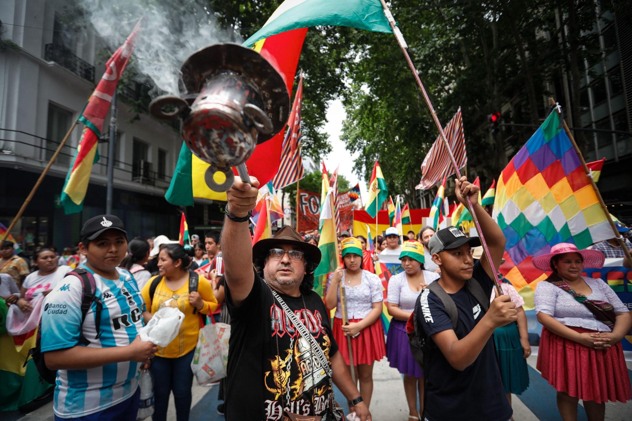 Buenos Aires, Argentyna: wiec poparcia dla byłego prezydenta Boliwii Evo Moralesa, fot. EPA/Juan Ignacio Roncoroni