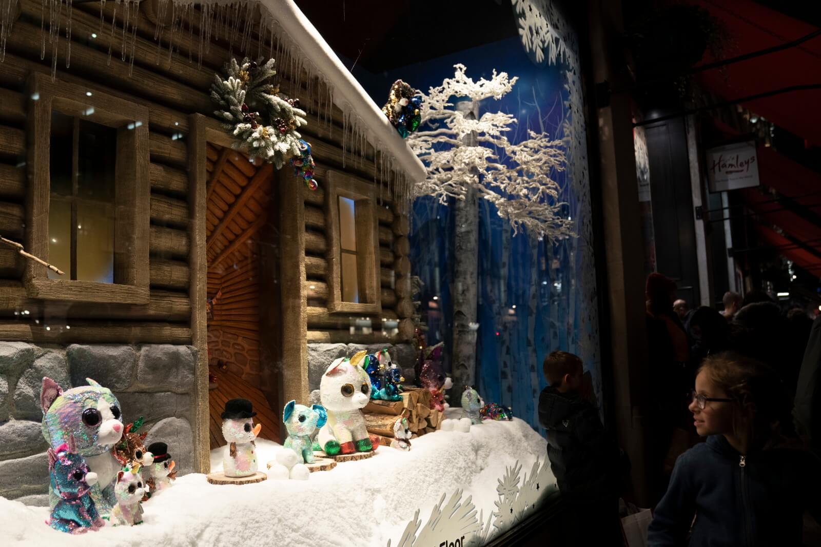 Wystawa Świąteczna w Wielkiej Brytanii fot. EPA/WILL OLIVER