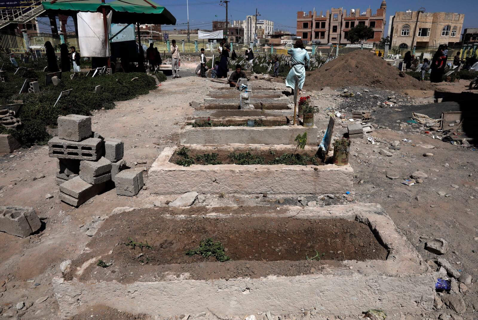 Wspomnienie ofiar konfliktu w Jemenie fot, EPA/YAHYA ARHAB