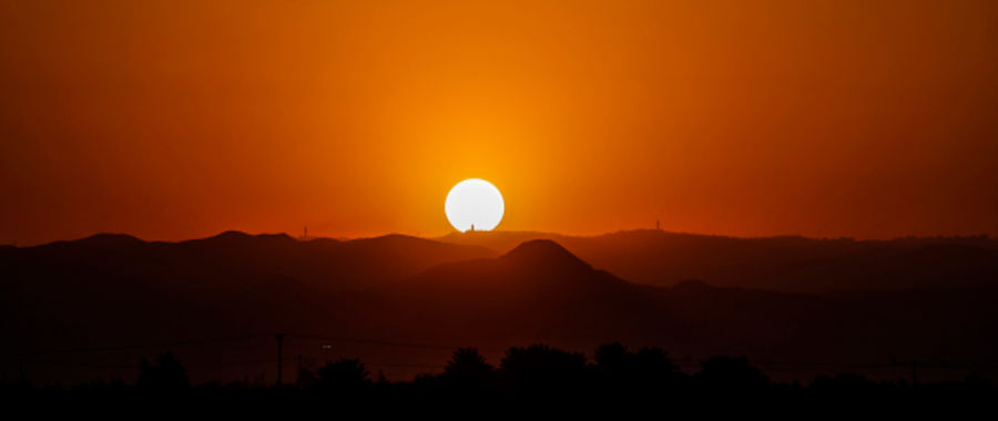 Zachód Słońca w Zatoce Jordanu fot. EPA/ATEF SAFADI
