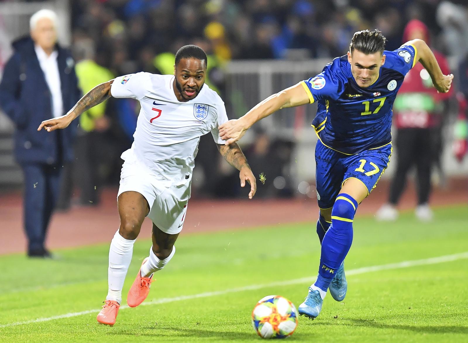 Mecz piłki nożnej - Kosowo vs Anglia  EPA/GEORGI LICOVSKI