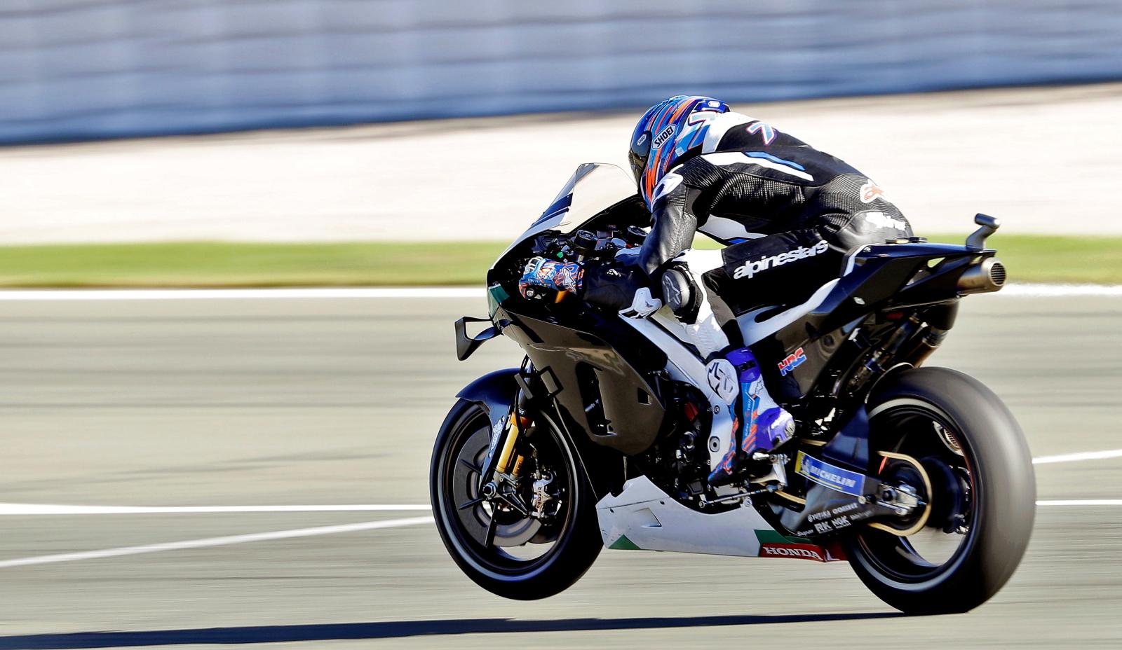 Wyścigi motocykli fot. EPA/MANUEL BRUQUE