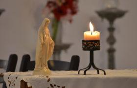maryja świeca