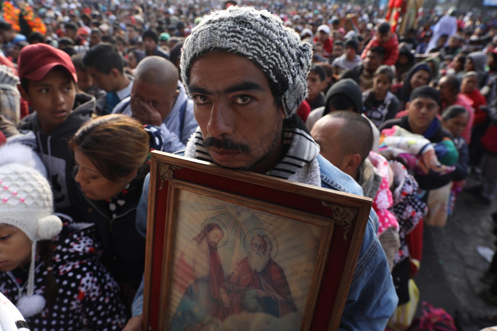 Meksyk - uroczystości ku czci MB z Guadalupe  EPA/Sashenka Gutierrez