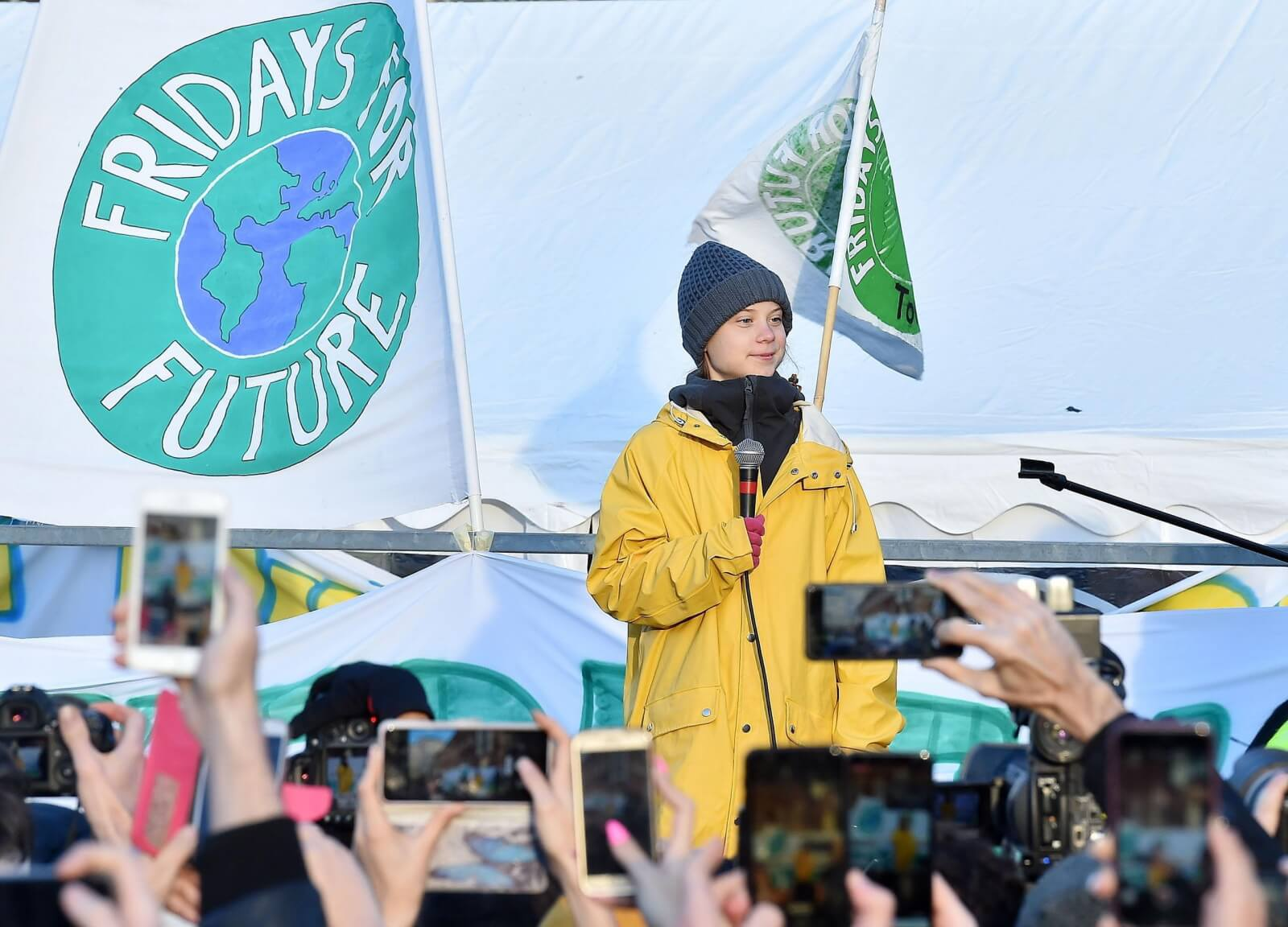 Greta Thunberg na spotkaniu w Turynie fot. EPA/ALESSANDRO DI MARCO