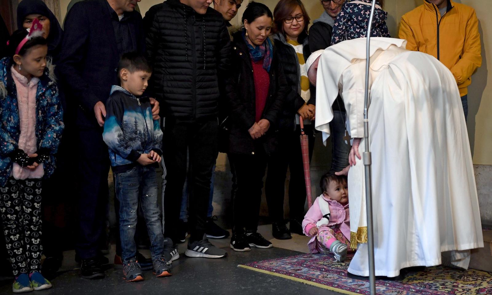 Spotkanie papieża Franciszka z imigrantami EPA/ETTORE FERRARI / POOL