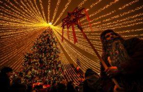 Święta na Placu Czerwonym fot. EPA/YURI KOCHETKOV