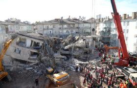 trzęsienie ziemi fot. EPA/STR