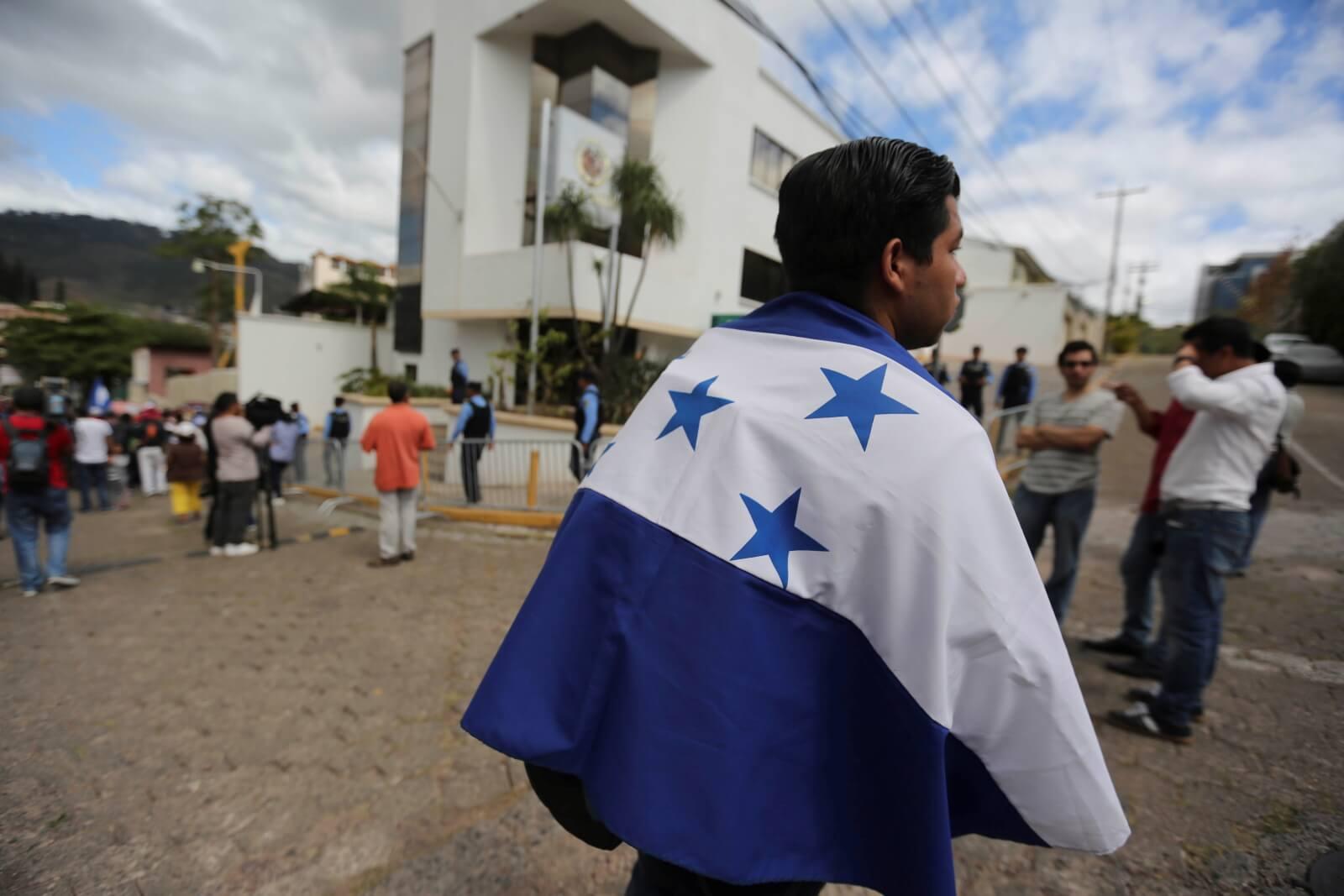 Kryzys w Hondurasie fot. EPA/Gustavo Amador