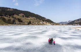 Pogoda w Szwajcarii fot. EPA/ANTHONY ANEX