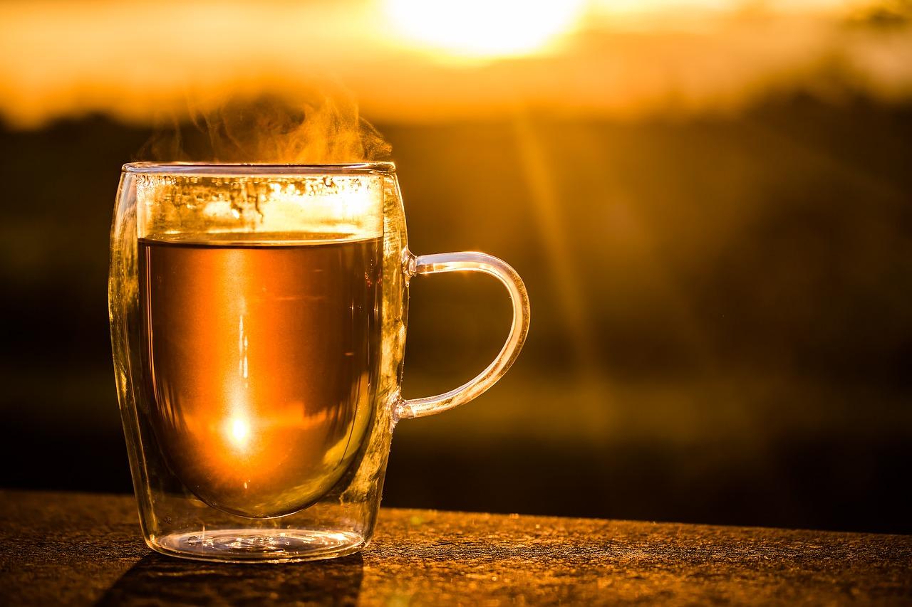 herbata zachód słońca