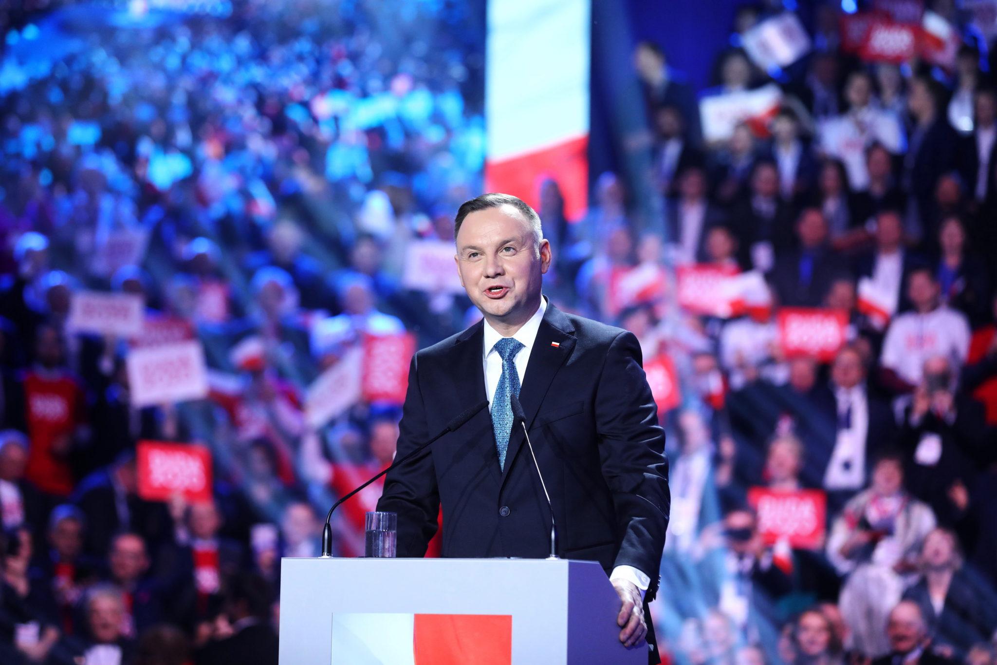 Prezydent Andrzej Duda podczas konwencji PiS, na której została zainaugurowana jego kampania wyborcza. fot. PAP/Rafał Guz