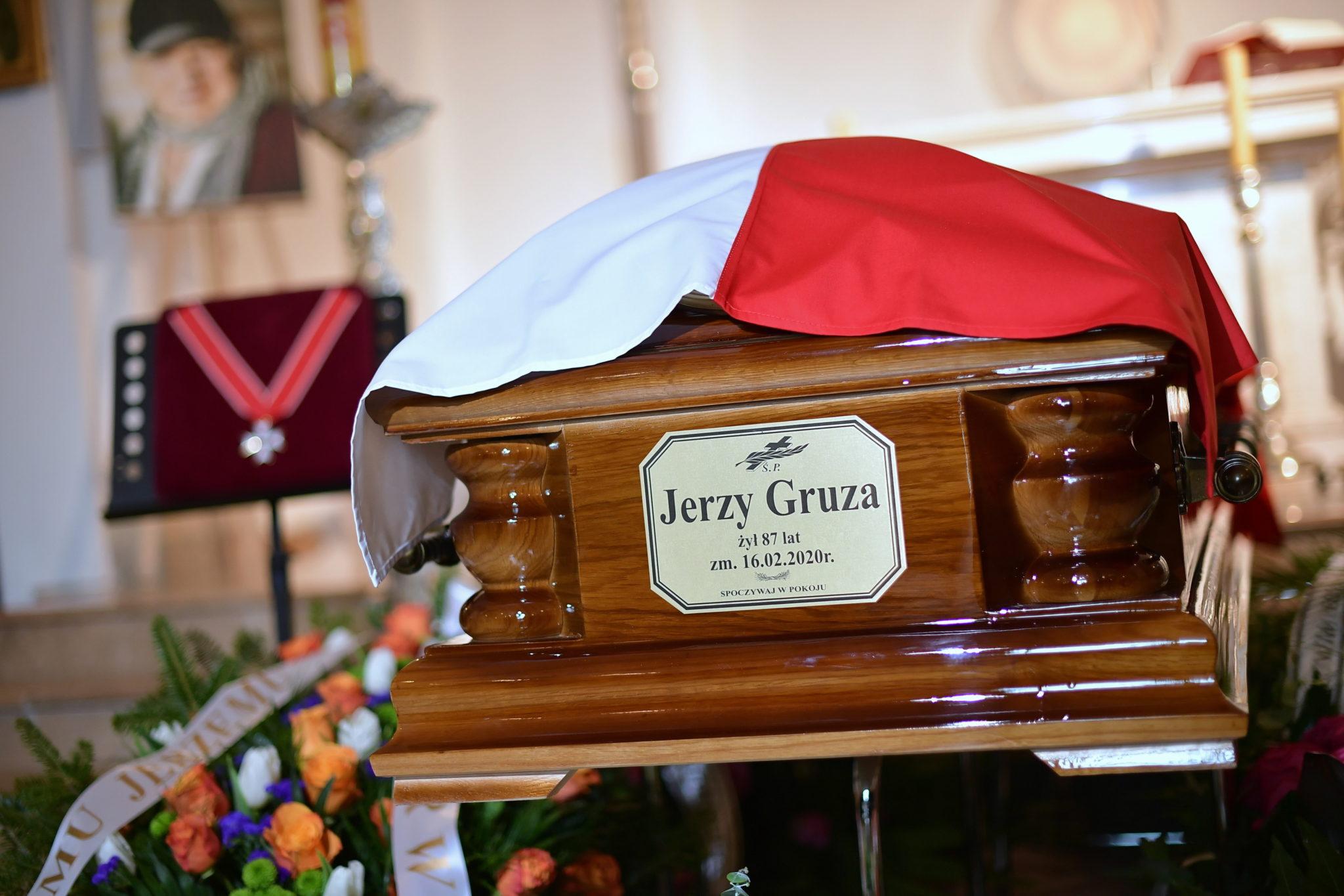 Pogrzeb reżysera Jerzego Gruzy w Warszawie. fot.  PAP/Marcin Obara
