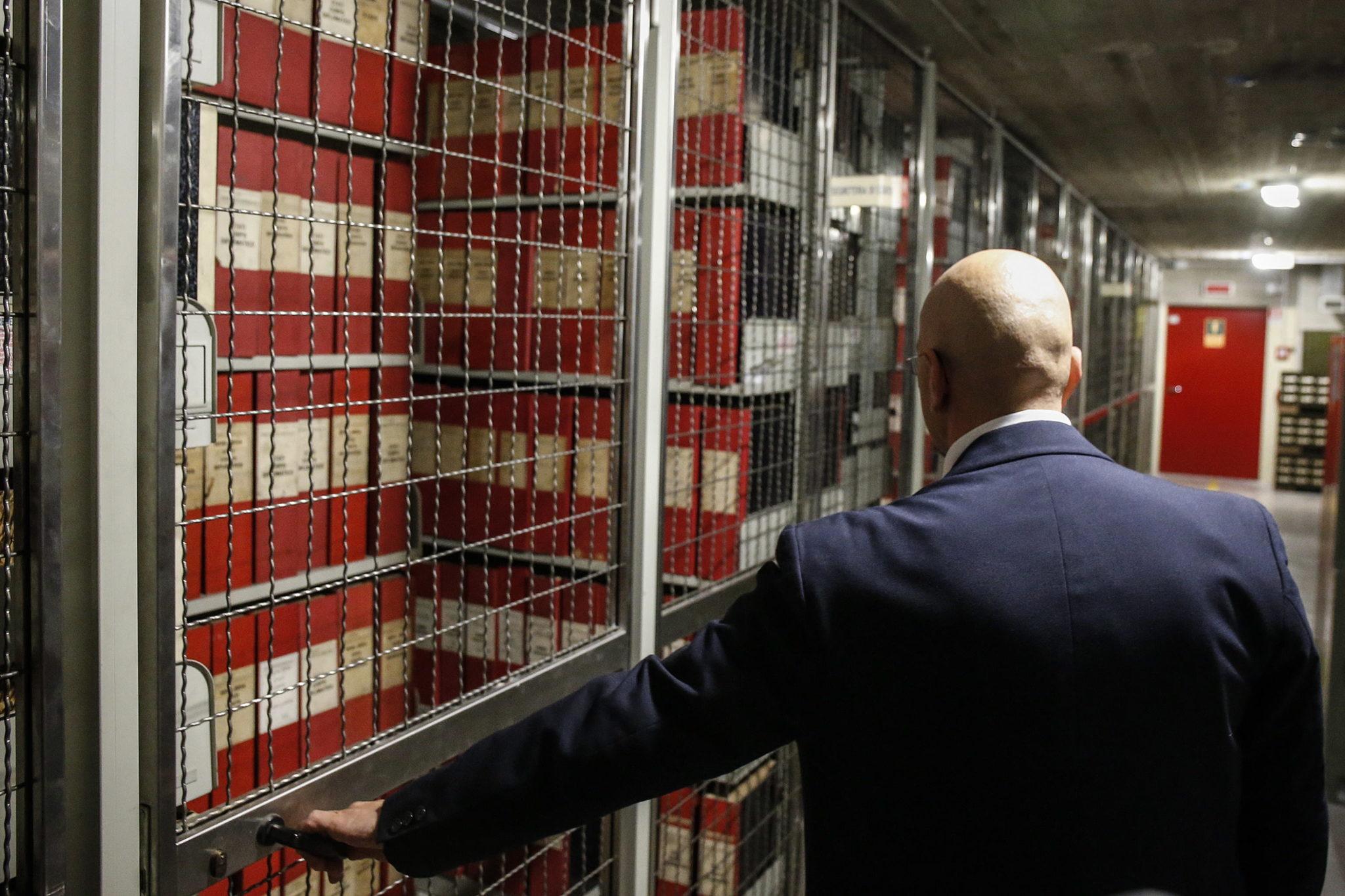 Otworzono część archiwów watykańskich. Fot. EPA/FABIO FRUSTACI