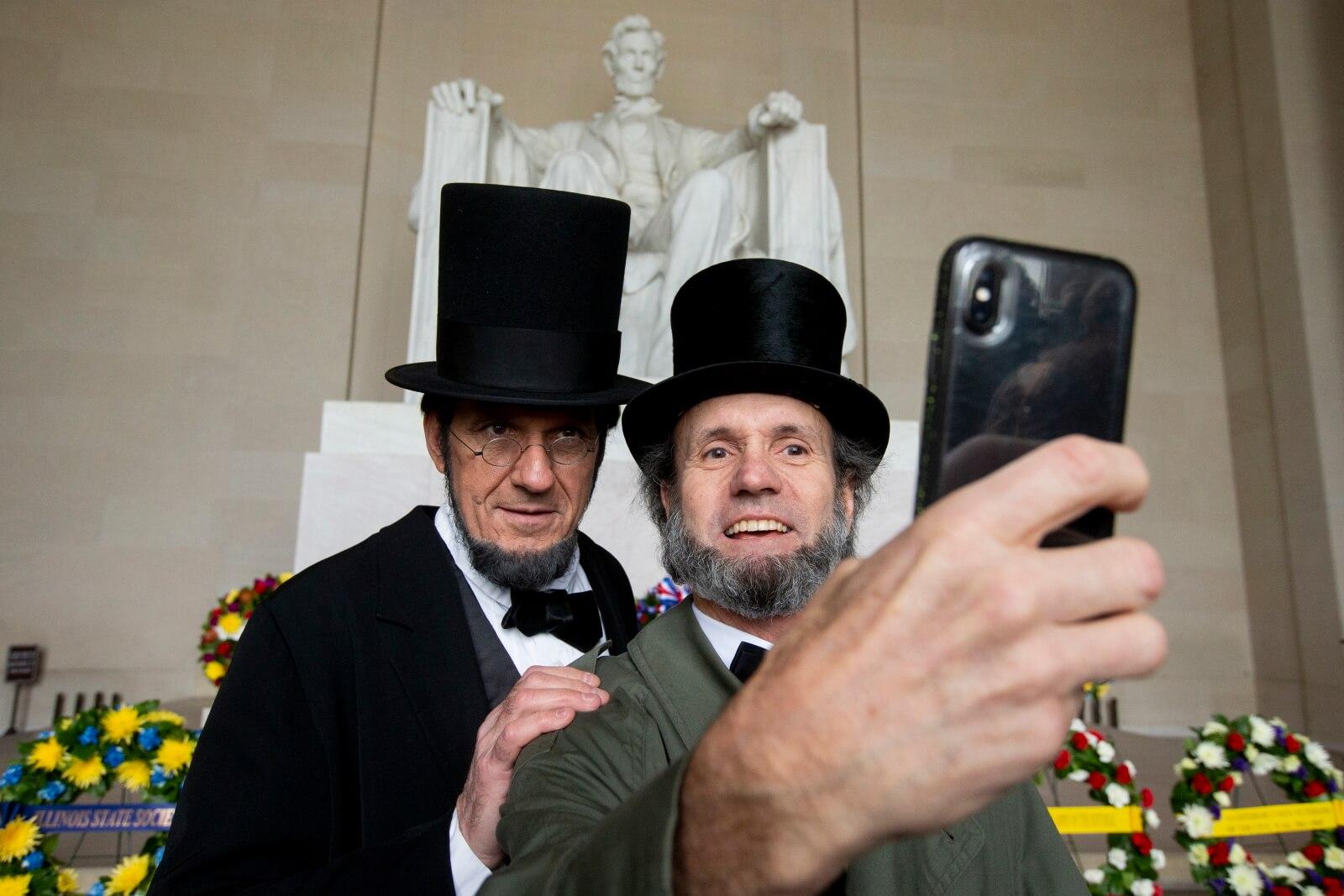 Rocznica urodzin prezydenta Lincolna fot. EPA/MICHAEL REYNOLDS