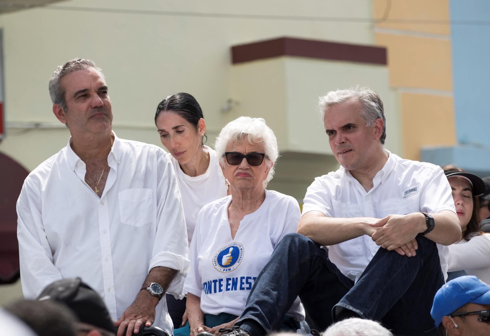 Wybory na Dominikanie fot. EPA/Orlando BarrĂa
