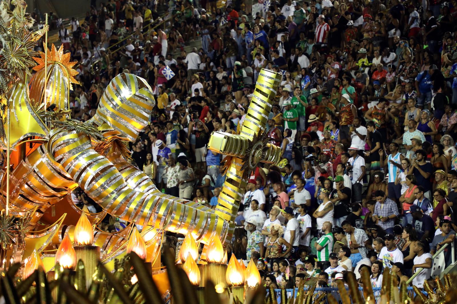 Parada karnawałowa fot. EPA/FABIO MOTTA