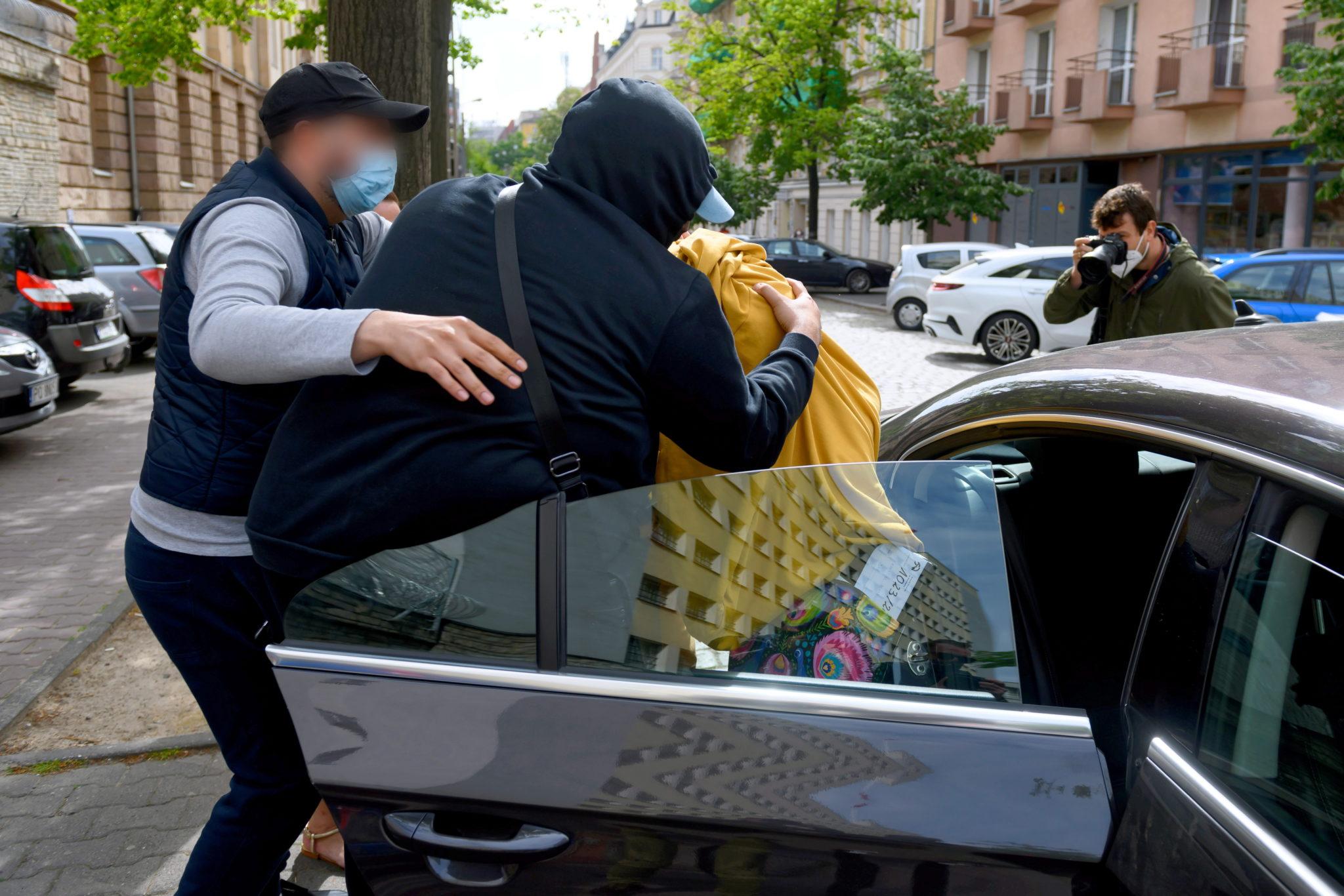 Arkadiusz Ł.  ps. Hoss nazywany królem wnuczkowej mafii, opuszcza Areszt. Fot. PAP/Jakub Kaczmarczyk