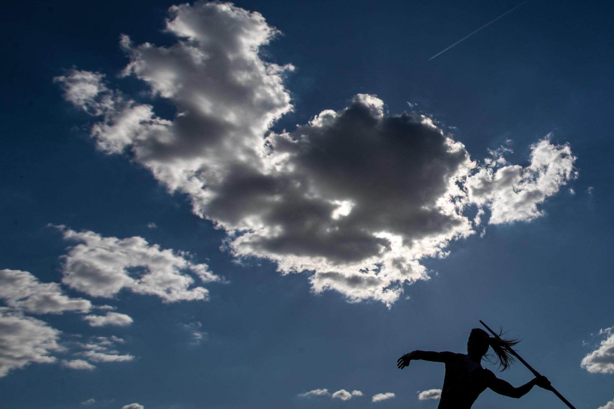 Pierwsze, lekkoatletyczne zawody w Czechach., Fot. EPA/MARTIN DIVISEK