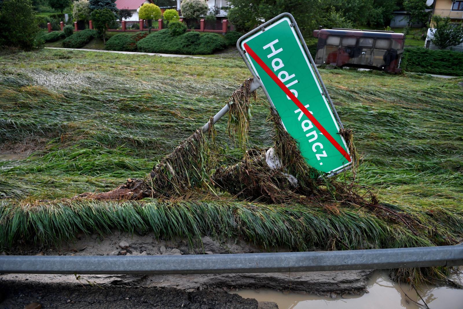 Powódź na podkarpaciu PAP/Darek Delmanowicz