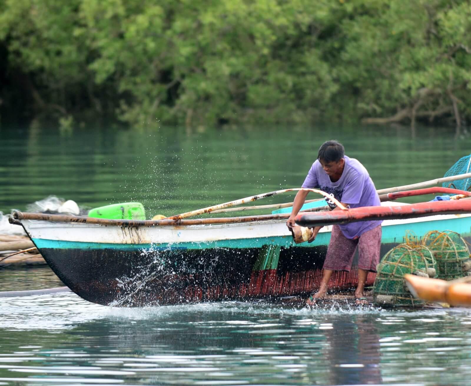 wyciek ropy na filipinach