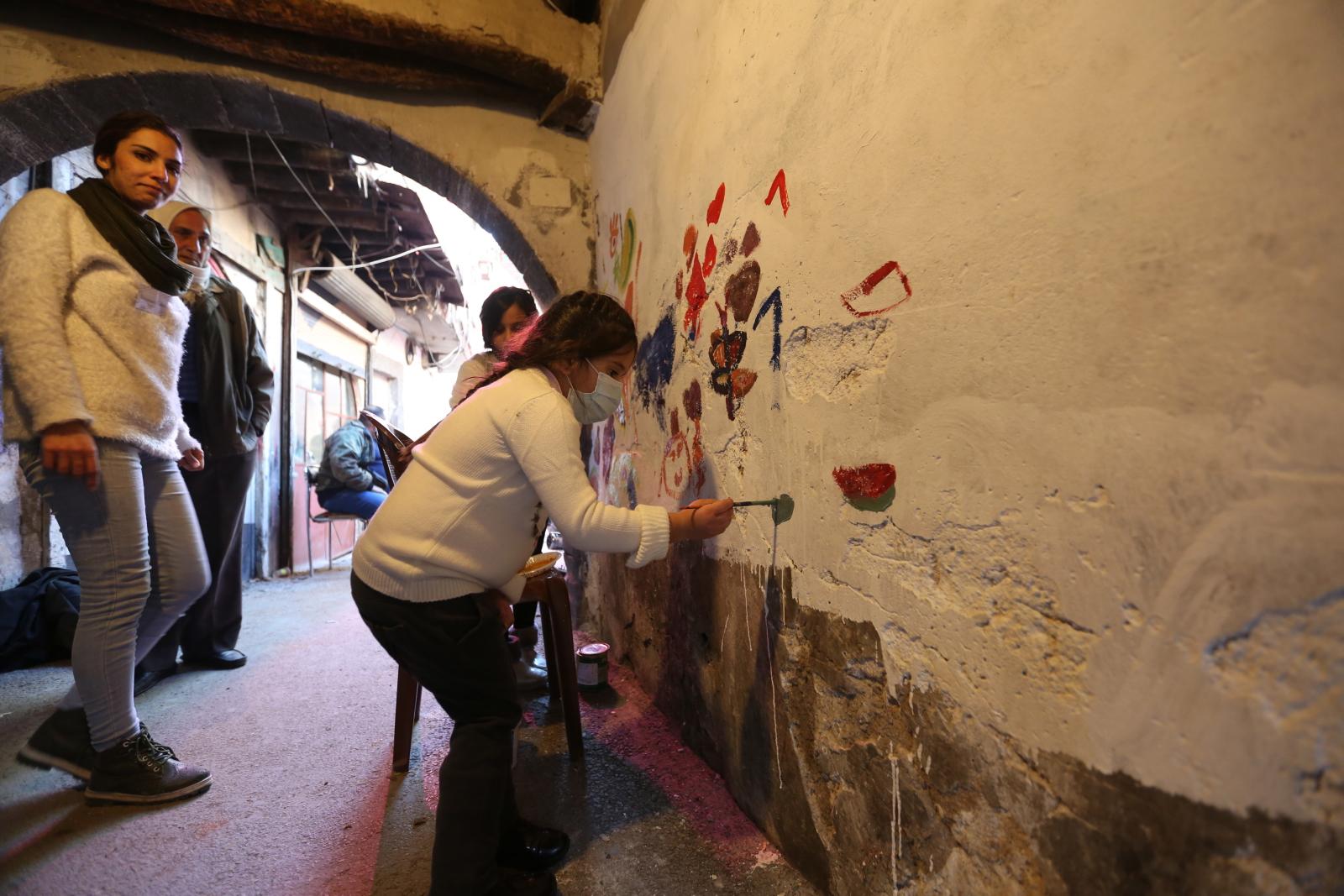 Arte callejero en las calles de Damasco, Foto: EPA / YOUSSEF BADAWI